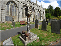 SX1867 : Church of St Neot - single cross by Stephen Craven