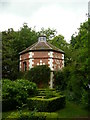 SO6633 : Dovecote at Hellens, Much Marcle by Colin Cheesman