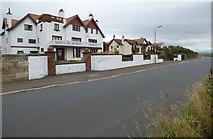 NS3329 : Crosbie Road by Thomas Nugent