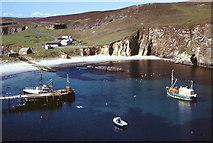 HZ2272 : North Haven, Fair Isle by Julian Paren