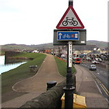 ST1586 : Cycle Route 4 direction sign alongside Castle Street, Caerphilly by Jaggery