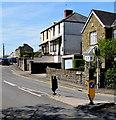 SS7799 : Keep Left sign, Park Street, Tonna by Jaggery