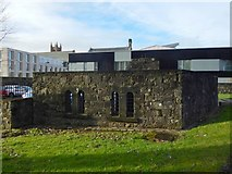 NS3975 : Dumbarton Prison: cell windows by Lairich Rig