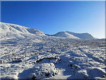 NH0851 : By the railway line in Glen Carron by Julian Paren
