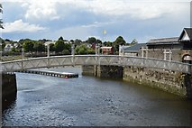 R5757 : Footbridge over the Abbey River by N Chadwick