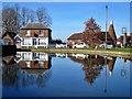 TQ7237 : Goudhurst village pond by Oast House Archive
