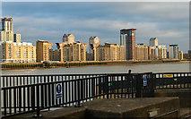 TQ3779 : Isle of Dogs : housing developments by Julian Osley