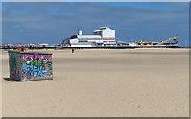 TG5307 : Britannia Pier and beach at Great Yarmouth by Mat Fascione