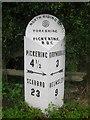 SE7385 : Old Milestone by Milestone Society