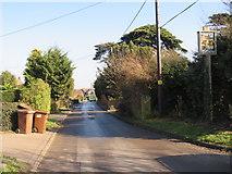 TQ7575 : Main Road, Cooling by Malc McDonald