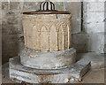 TF0638 : Font, Ss Peter & Paul church, Osbournby by Julian P Guffogg