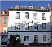 SU3521 : The White Horse, 19 Market Place, Romsey by Jo Turner