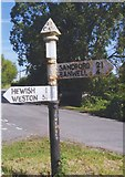 ST4063 : Old Direction Sign - Signpost by Milestone Society