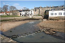 NO5603 : Stepping Stones, Anstruther by Richard Sutcliffe