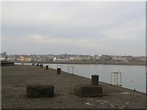 NT4999 : Elie Harbour by Becky Williamson