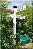 TQ2411 : Old Direction Sign - Signpost by Milestone Society