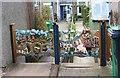 NO4102 : Ornamental garden gates by Bill Kasman