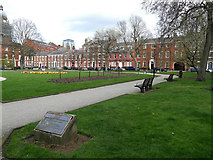 SE2933 : Park Square, Leeds on a Sunday afternoon by Stephen Craven