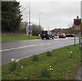 ST2997 : End of Clearway sign, Cwmbran Drive, Cwmbran by Jaggery