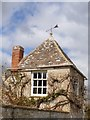SU2199 : Lechlade buildings [10] by Michael Dibb