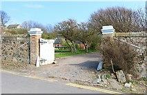 NO4202 : Entrance to Cardy Net House by Bill Kasman