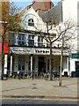 SK5739 : Yates's, Long Row West, Nottingham by Alan Murray-Rust