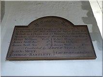 TQ1667 : Inside St Nicholas, Thames Ditton (C) by Basher Eyre