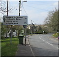 SO1009 : Direction and distances sign in Llechryd by Jaggery