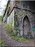 SP3677 : Corner of side arch, railway viaduct over the River Sowe, Willenhall, southeast Coventry by Robin Stott