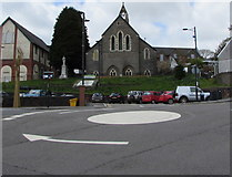 ST1599 : Mini-roundabout in the centre of Bargoed by Jaggery
