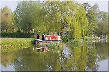 SP4646 : Oxford Canal, Cropredy  by Stephen McKay