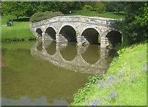 ST7733 : Stourton: Stourhead Gardens: The Palladian Bridge by Nigel Cox