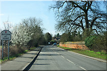 TQ5571 : Parsonage Lane enters Sutton-at-Hone by Robin Webster