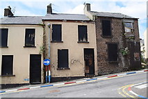 C4316 : Derelict houses, Wapping Lane, Derry / Londonderry by Kenneth  Allen