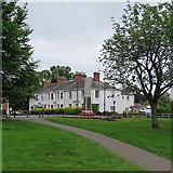 SP2871 : Kenilworth War Memorial by John Sutton