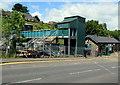 SO1500 : Bargoed railway station footbridge by Jaggery