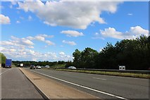TL0601 : Layby on the A41, Kings Langley by David Howard