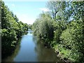SE1538 : The River Aire, from the footbridge off Dockfield Road [2] by Christine Johnstone