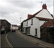 ST3390 : Grade II listed 6 High Street, Caerleon by Jaggery