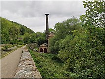 SK3155 : Cromford Canal and old pumping house chimney by Chris Morgan