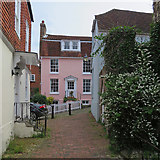TQ5838 : Tunbridge Wells: a pink house on Frog Lane by John Sutton