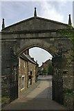 SK8608 : South gate at Oakham Castle by Mat Fascione