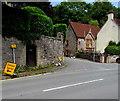 SO5300 : Diversion/Gwyriad sign alongside the A466, Tintern by Jaggery
