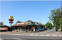 SP9726 : McDonald's on Watling Street, Hockliffe by David Howard