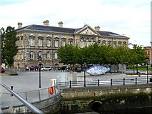 J3474 : Customs House, Belfast by Oliver Dixon