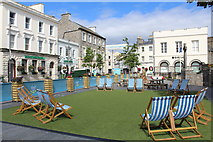 SC2667 : Relax in Castletown Square by Richard Hoare