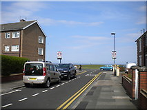 NZ3573 : East end of Glendale Avenue, Whitley Bay by Richard Vince