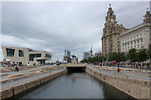 SJ3390 : Canal Link, Liverpool by Chris Heaton