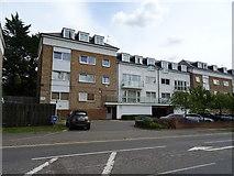 TL1600 : Flats on Watling Street (A5183), Radlett by JThomas