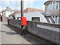 ST3090 : Queen Elizabeth II postbox on a wooden pole, Pillmawr Road, Malpas, Newport by Jaggery